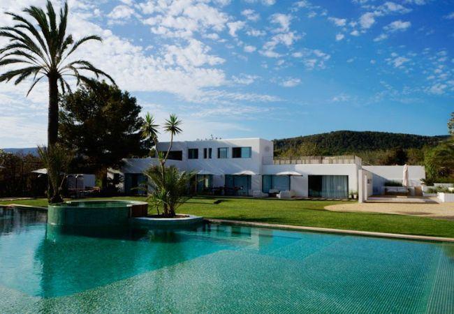 4 bedroom Villa in San Jose, Cala Jondal, Baleares, Ibiza : ref 2288685 - Image 1 - Es Vive - rentals