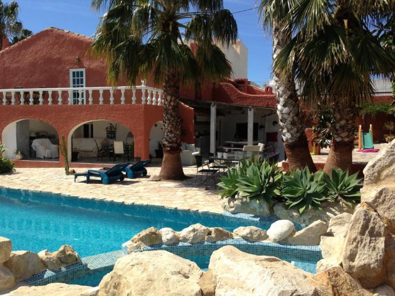6 bedroom Villa in Altea, Alicante, Costa Blanca, Spain : ref 2288825 - Image 1 - L'Alfas del Pi - rentals
