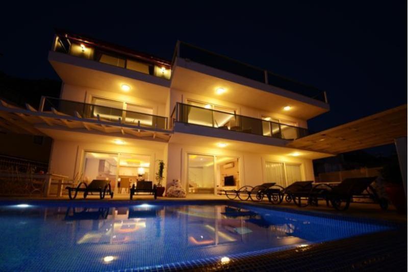 5 bedroom Villa in Kalkan, Mediterranean Coast, Turkey : ref 2291317 - Image 1 - Kalkan - rentals