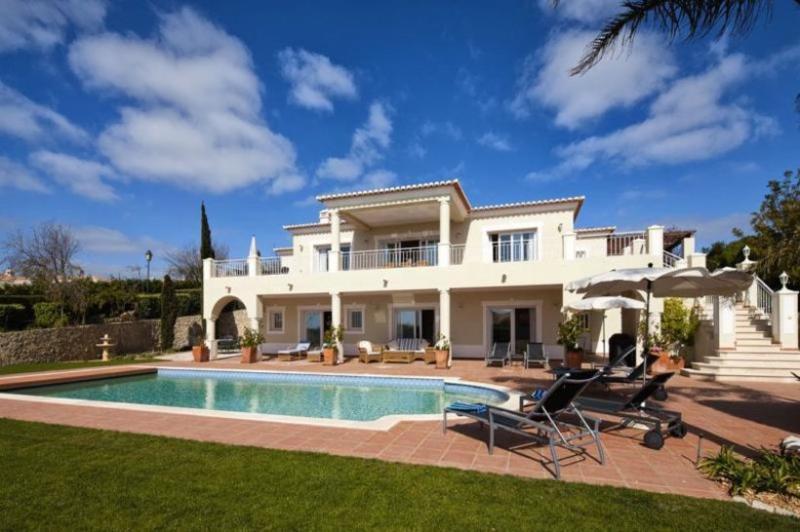 4 bedroom Villa in Praia da Luz, Algarve, Portugal : ref 2291328 - Image 1 - Luz - rentals