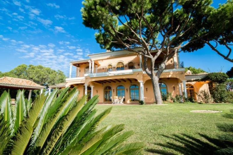 4 bedroom Villa in Vale do Lobo, Algarve, Portugal : ref 2291347 - Image 1 - Vale do Garrao - rentals