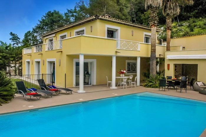 4 bedroom Villa in Roquefort-les-Pins, Cote D'azur, France : ref 2291505 - Image 1 - Roquefort les Pins - rentals