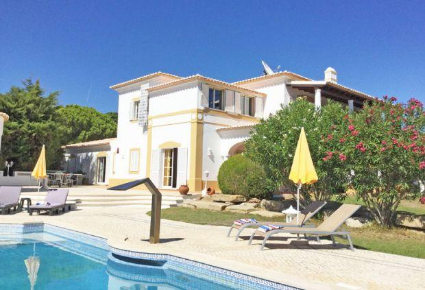 6 bedroom Villa in Carvoeiro, Algarve, Portugal : ref 2293524 - Image 1 - Carvoeiro - rentals