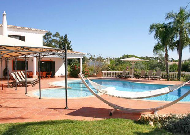 7 bedroom Villa in Carvoeiro, Algarve, Portugal : ref 2293534 - Image 1 - Carvoeiro - rentals