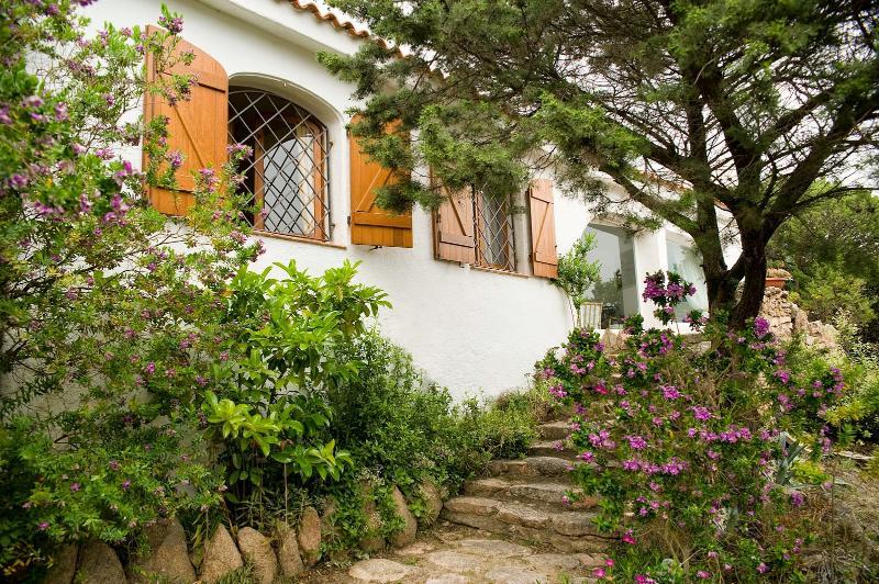 3 bedroom Villa in Arzachena, Sardinia, Italy : ref 2294031 - Image 1 - Cala di Volpe - rentals