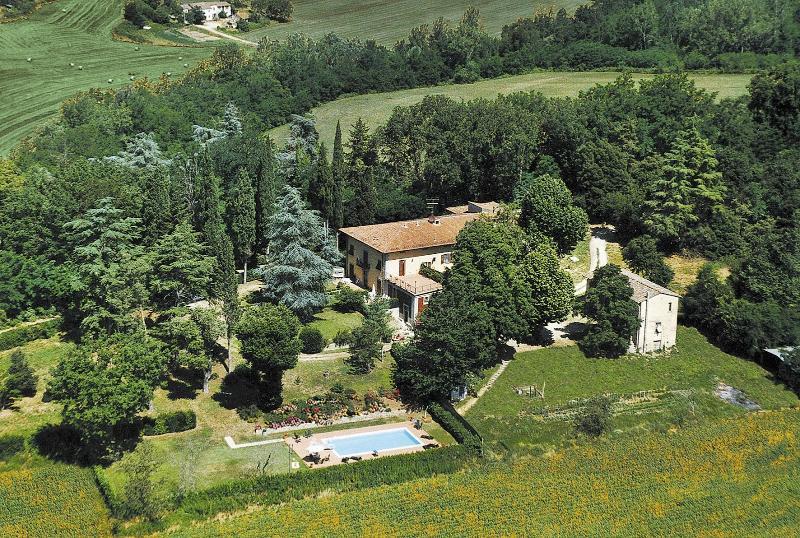 7 bedroom Villa in Vicchio, Mugello, Florentine Hills, Italy : ref 2294129 - Image 1 - Piazzano - rentals
