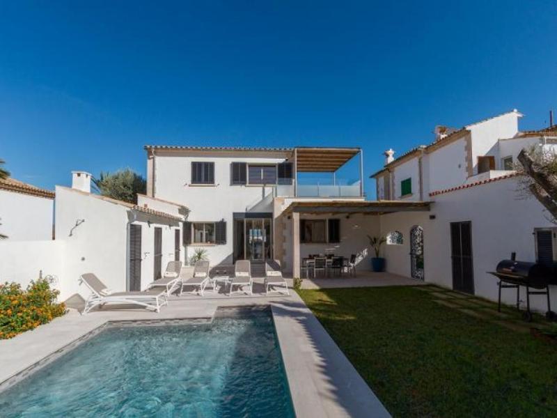 3 bedroom Villa in Puerto Pollensa, Mallorca, Mallorca : ref 2294364 - Image 1 - Puerto Pollensa - rentals