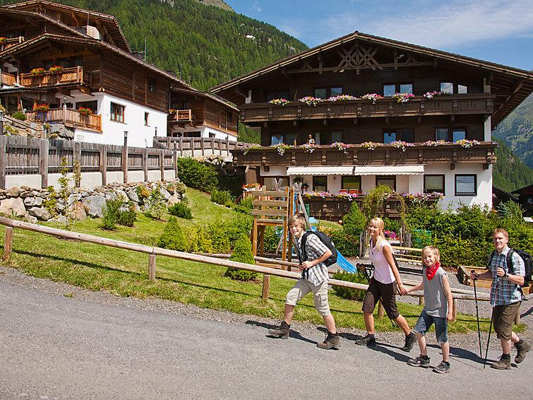 4 bedroom Villa in Solden, Otztal, Austria : ref 2295612 - Image 1 - Solden - rentals