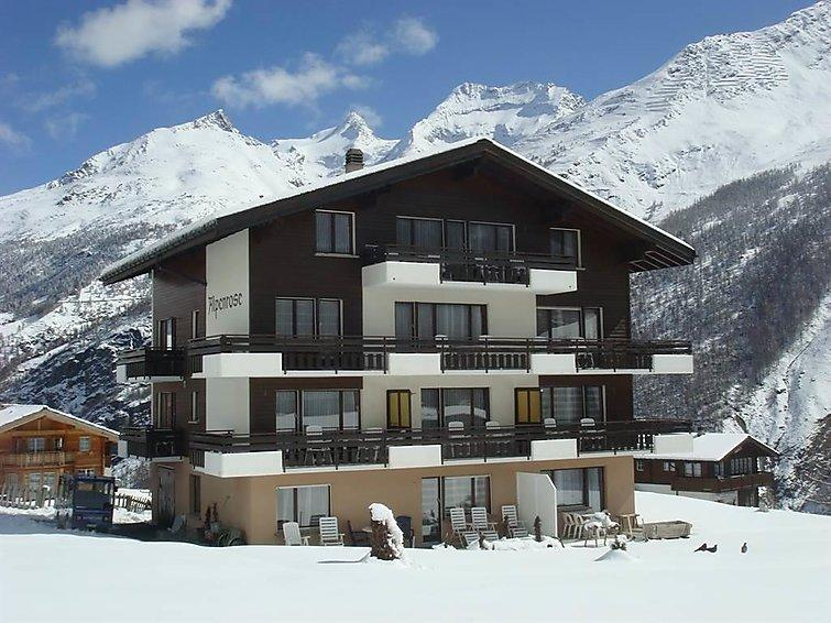 4 bedroom Apartment in Saas Fee, Valais, Switzerland : ref 2295965 - Image 1 - Saas-Fee - rentals