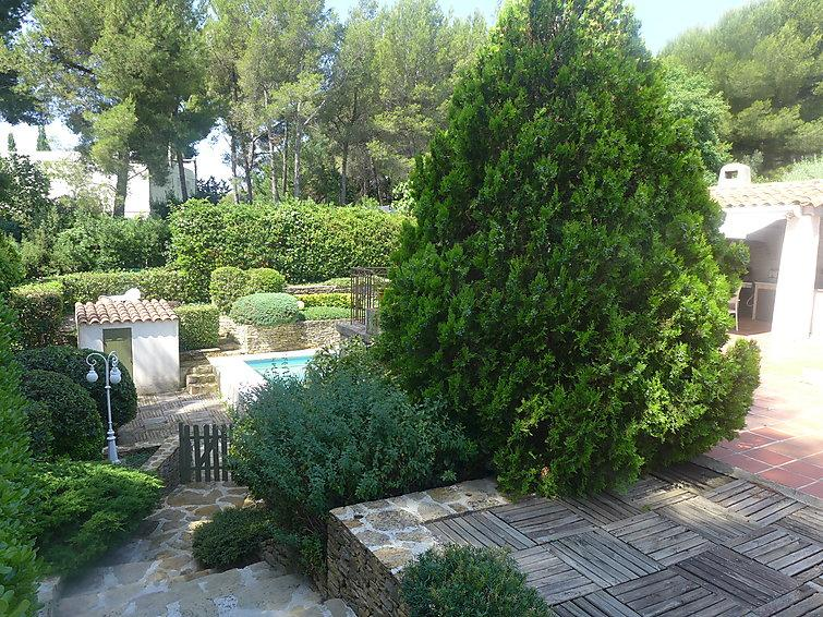 4 bedroom Villa in Saint Cyr Les Lecques, Cote d Azur, France : ref 2296089 - Image 1 - Les Lecques - rentals