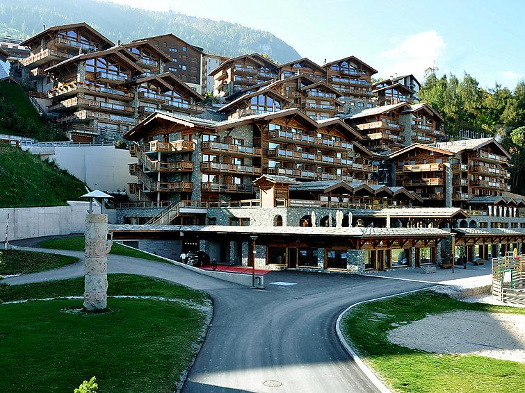 4 bedroom Apartment in Nendaz, Valais, Switzerland : ref 2296784 - Image 1 - Nendaz - rentals