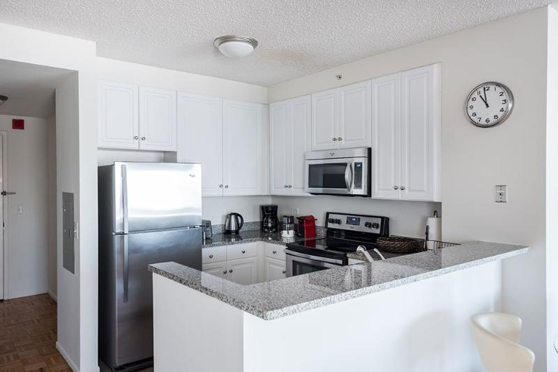 Stylish and Comfortable 2 Bedroom 2 Bedroom Apartment in Upscale Neighborhood - Jersey CIty - Image 1 - Jersey City - rentals