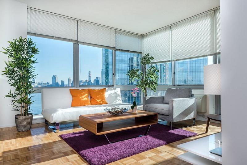 Chic 1 Bedroom,  Bathroom Apartment - Great Amenities - Image 1 - Jersey City - rentals