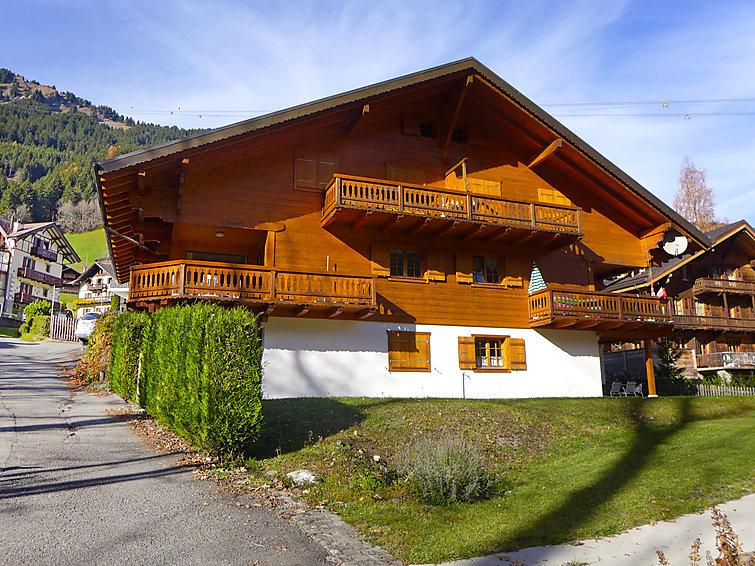 4 bedroom Apartment in Champery, Valais, Switzerland : ref 2298546 - Image 1 - Champéry - rentals