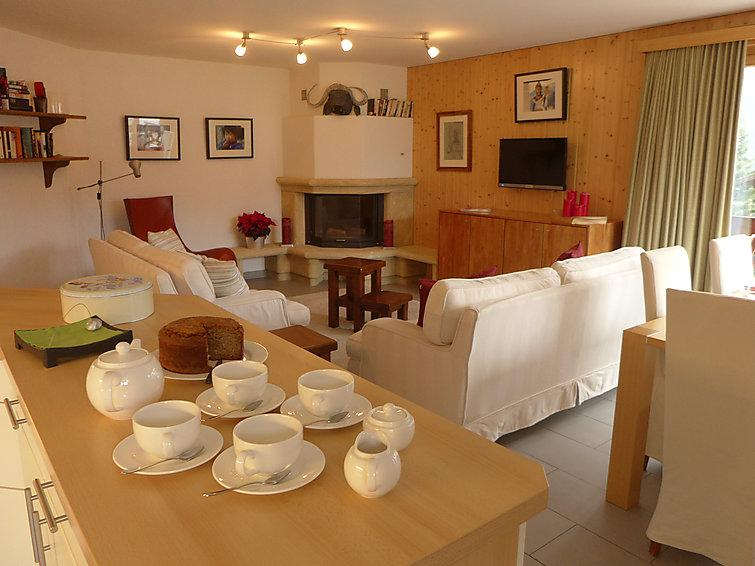 3 bedroom Apartment in Champery, Valais, Switzerland : ref 2298586 - Image 1 - Champéry - rentals