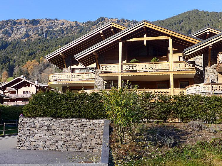3 bedroom Apartment in Champery, Valais, Switzerland : ref 2299093 - Image 1 - Champéry - rentals