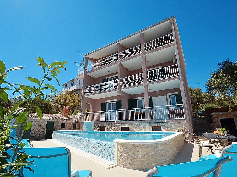 8 bedroom Villa in Trogir Okrug Gornji, Central Dalmatia, Croatia : ref 2299207 - Image 1 - Okrug Gornji - rentals