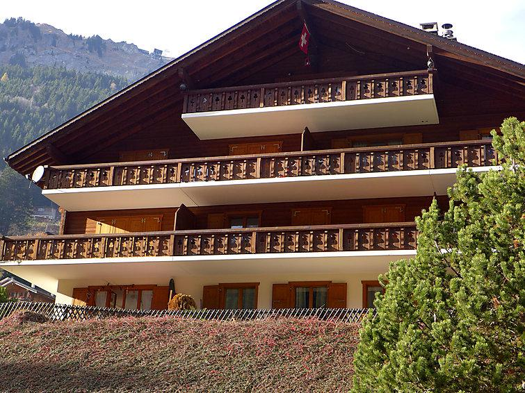 2 bedroom Apartment in Champery, Valais, Switzerland : ref 2299238 - Image 1 - Champéry - rentals