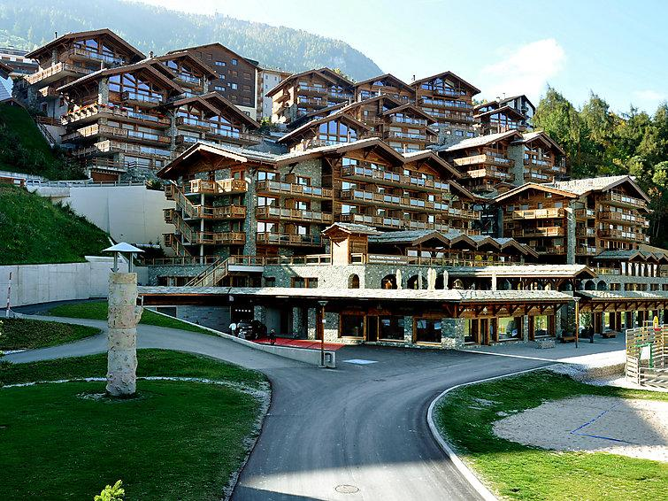 4 bedroom Apartment in Nendaz, Valais, Switzerland : ref 2299295 - Image 1 - Nendaz - rentals