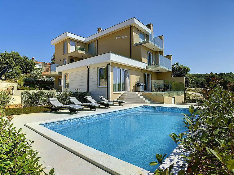 5 bedroom Villa in Pula Duga uvala, Istria, Croatia : ref 2299368 - Image 1 - Peruski - rentals