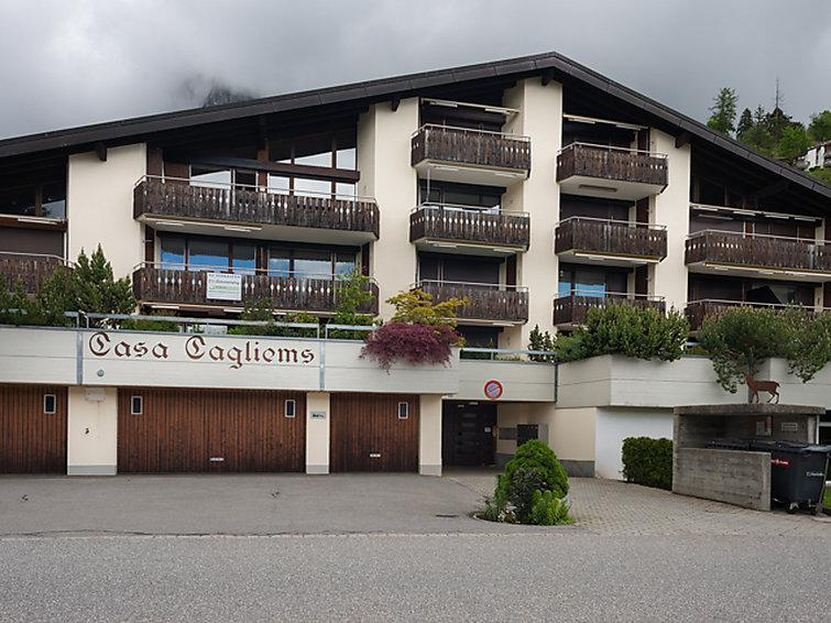 3 bedroom Apartment in Flims, Surselva, Switzerland : ref 2299762 - Image 1 - Flims - rentals