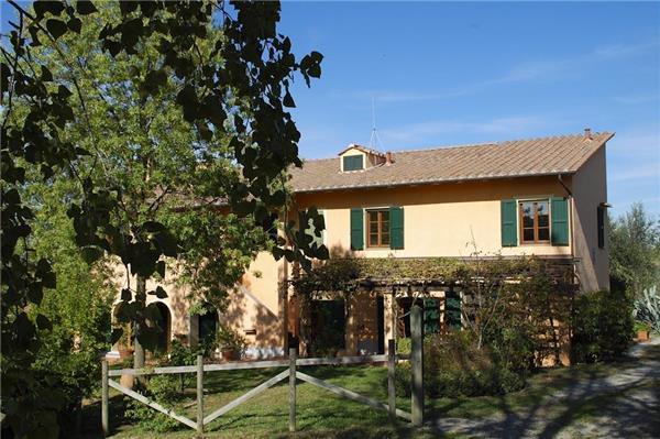 5 bedroom Villa in Palaia, Tuscany, Italy : ref 2301038 - Image 1 - Palaia - rentals