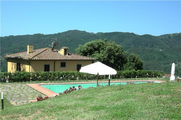 5 bedroom Villa in Massa e Cozzile, Tuscany, Italy : ref 2301321 - Image 1 - Massa e Cozzile - rentals