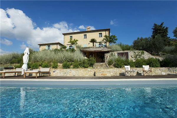 4 bedroom Villa in San Casciano Dei Bagni, Tuscany, Italy : ref 2301319 - Image 1 - San Casciano dei Bagni - rentals