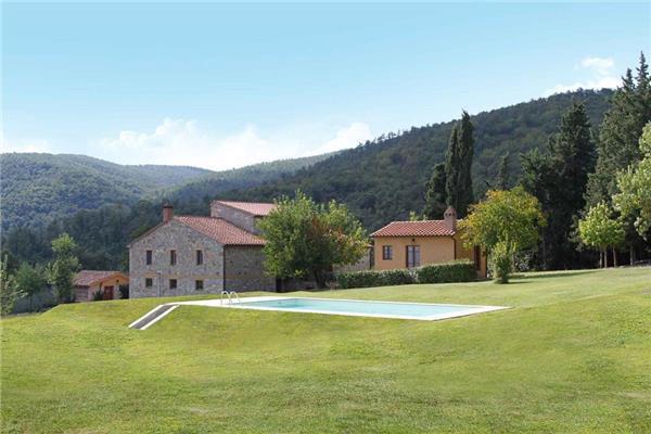 10 bedroom Villa in San Casciano Dei Bagni, Tuscany, Italy : ref 2301388 - Image 1 - San Casciano dei Bagni - rentals
