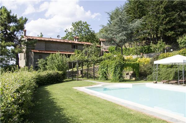 6 bedroom Villa in Cortona, Tuscany, CORTONA, Italy : ref 2301415 - Image 1 - Cortona - rentals