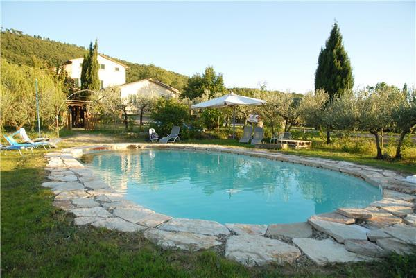 4 bedroom Villa in Cortona, Tuscany, Italy : ref 2301577 - Image 1 - Cortona - rentals
