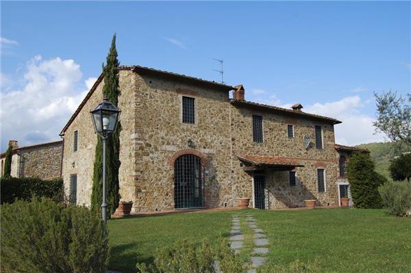9 bedroom Villa in Monsummano Terme, Tuscany, Italy : ref 2301654 - Image 1 - Monsummano Terme - rentals