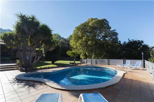 3 bedroom Villa in Pollensa, Mallorca, Pollensa, Mallorca : ref 2301812 - Image 1 - Pollenca - rentals