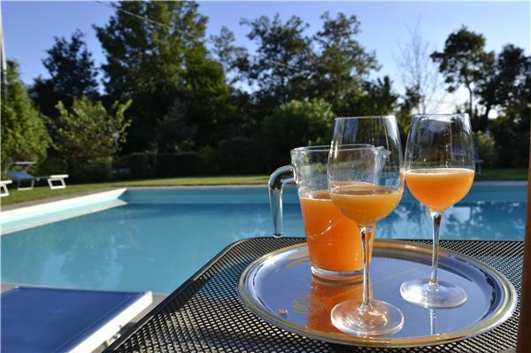 6 bedroom Villa in Cortona, Tuscany, Italy : ref 2301818 - Image 1 - Cortona - rentals