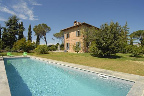 5 bedroom Villa in Montepulciano, Tuscany, Italy : ref 2301888 - Image 1 - Montepulciano - rentals