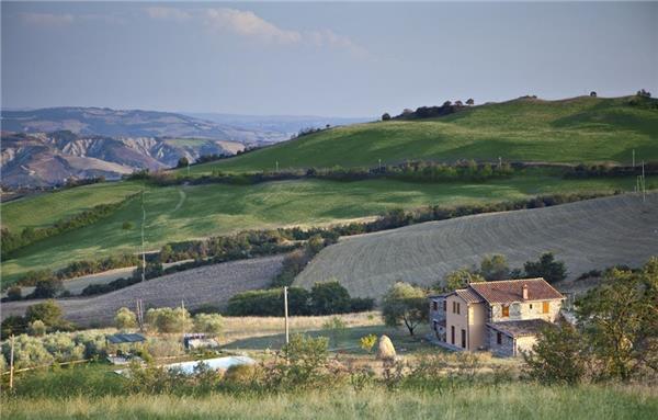 5 bedroom Villa in Radicofani, Tuscany, Italy : ref 2302081 - Image 1 - Radicofani - rentals