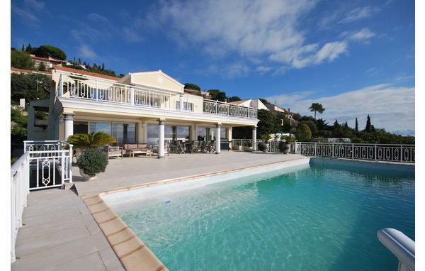 5 bedroom Villa in Les Issambres, Var, France : ref 2303444 - Image 1 - Les Issambres - rentals