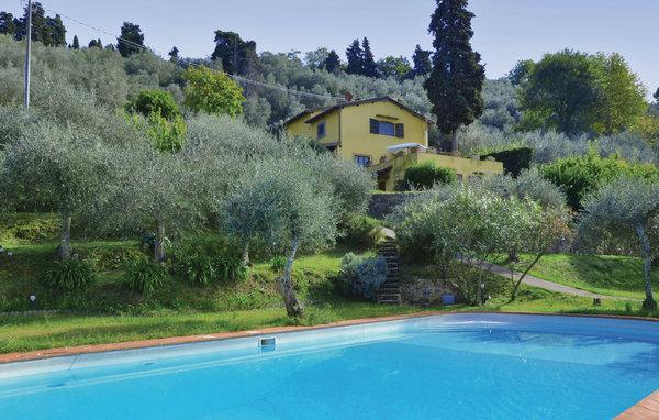 3 bedroom Villa in Massarosa, Versilia, Italy : ref 2303762 - Image 1 - Massarosa - rentals