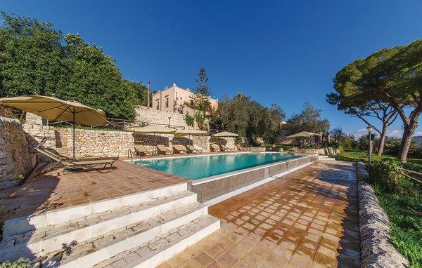 2 bedroom Villa in Modica, Sicily, Italy : ref 2303888 - Image 1 - Modica - rentals