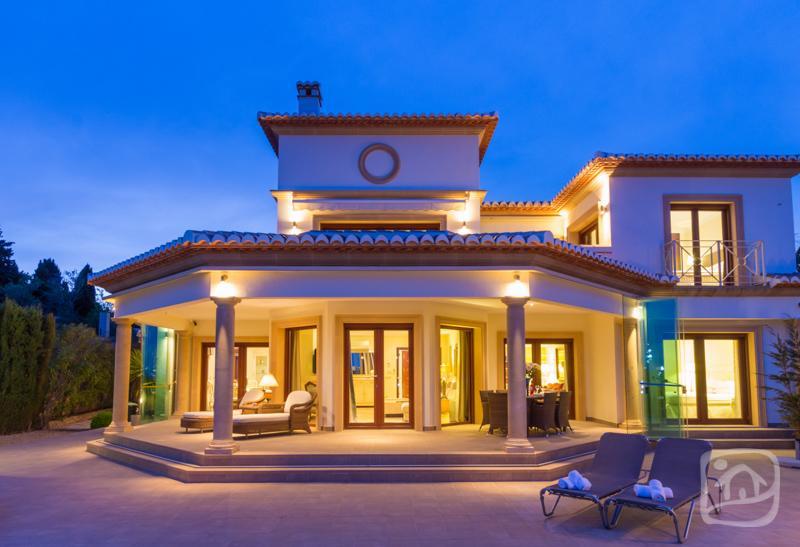 4 bedroom Villa in Benissa, Costa Blanca, Spain : ref 2306135 - Image 1 - Benissa - rentals
