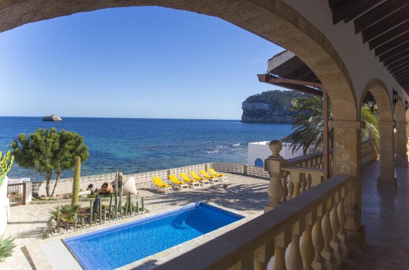 4 bedroom Villa in Javea, Alicante, Costa Blanca, Spain : ref 2306472 - Image 1 - Javea - rentals