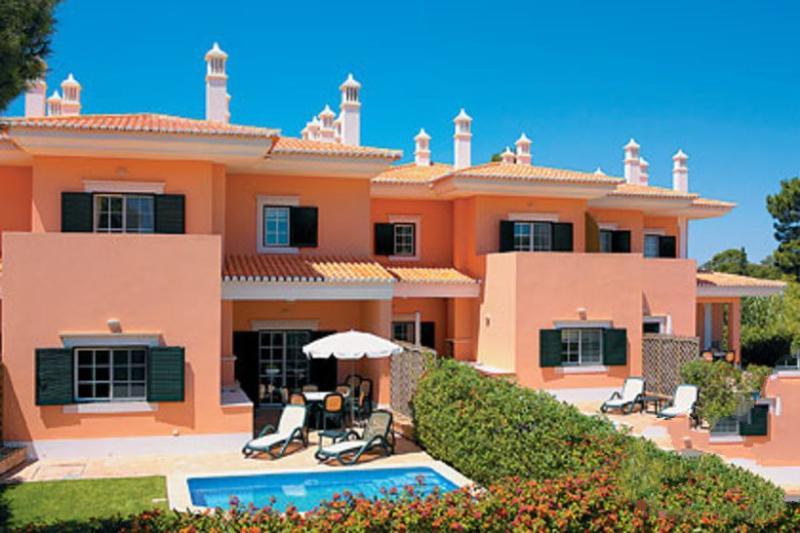 2 bedroom Apartment in Quinta Do Lago, Algarve, Portugal : ref 2308027 - Image 1 - Quinta do Lago - rentals