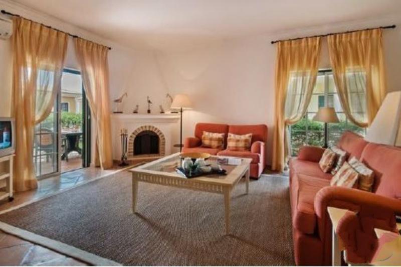 3 bedroom Villa in Quinta Do Lago, Algarve, Portugal : ref 2308028 - Image 1 - Quinta do Lago - rentals