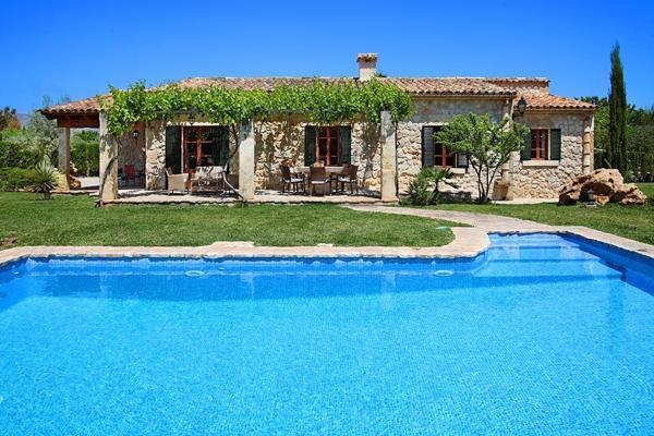 3 bedroom Villa in Pollenca, Mallorca, Mallorca : ref 3253 - Image 1 - Pollenca - rentals
