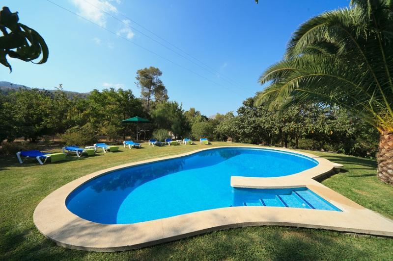 4 bedroom Villa in Pollença, Mallorca, Mallorca : ref 3771 - Image 1 - Pollenca - rentals