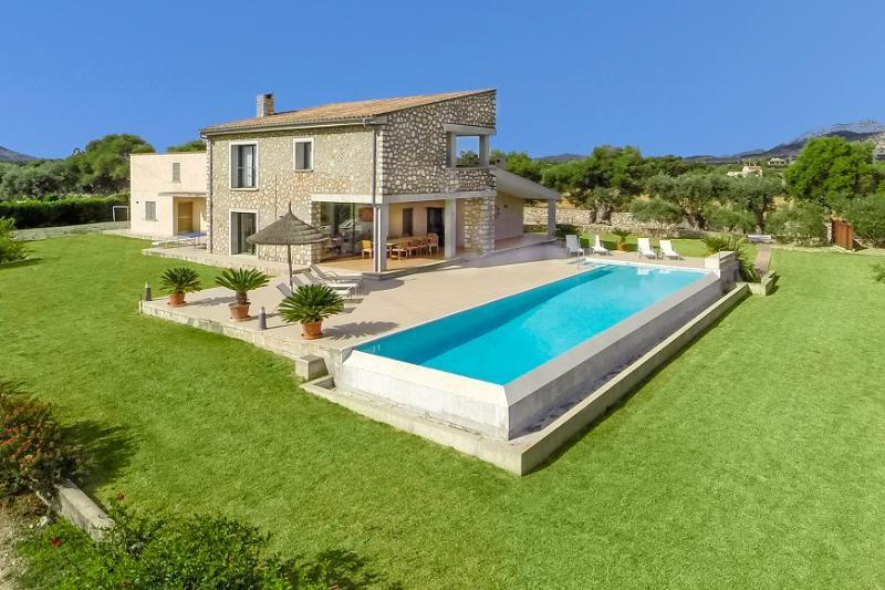 5 bedroom Villa in Pollença, Mallorca, Mallorca : ref 3783 - Image 1 - Pollenca - rentals