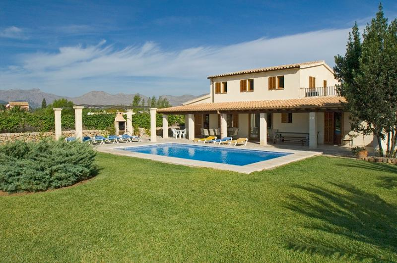5 bedroom Villa in Pollença, Mallorca, Mallorca : ref 3791 - Image 1 - Port de Pollenca - rentals