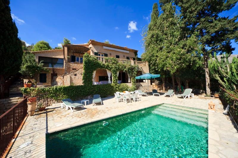 3 bedroom Villa in Pollença, Mallorca, Mallorca : ref 3832 - Image 1 - Pollenca - rentals