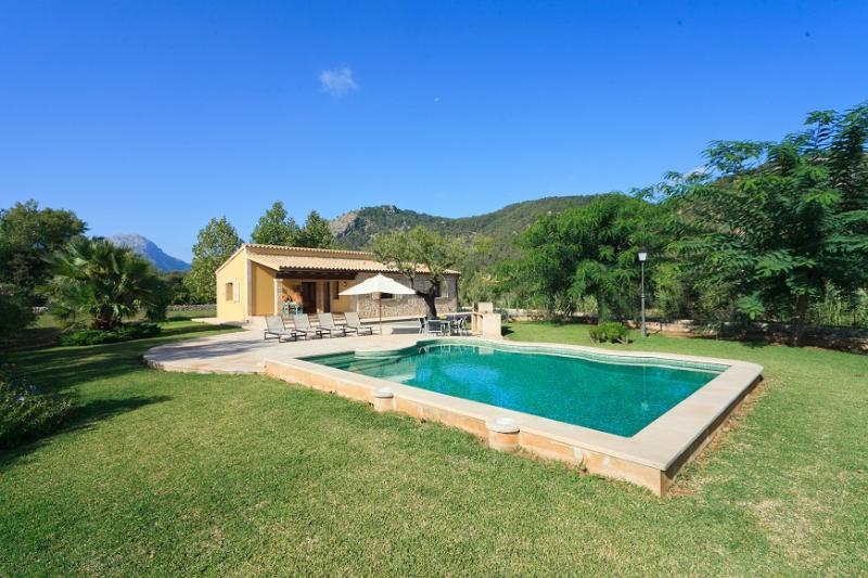 2 bedroom Villa in Pollença, Mallorca, Mallorca : ref 3837 - Image 1 - Pollenca - rentals
