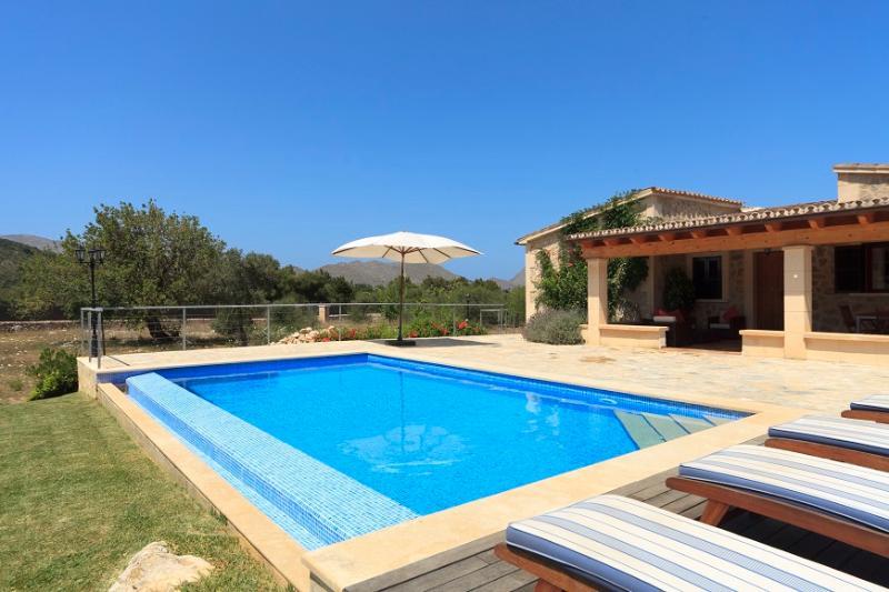 2 bedroom Villa in Pollença, Mallorca, Mallorca : ref 3845 - Image 1 - Pollenca - rentals